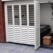 Outdoor aluminium shutter